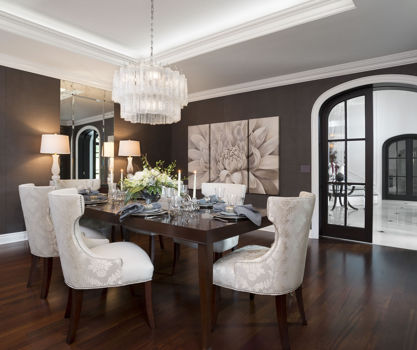 Detroit home design awards 2014 tutto interiors tutto for Model home dining room